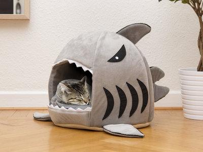 katten slaapmand haai